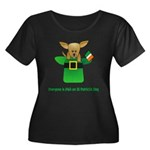 Everyone Is Irish Women's Plus Size Scoop Neck Dar