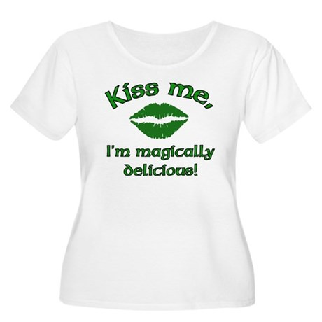 Kiss Me Women's Plus Size Scoop Neck T-Shirt