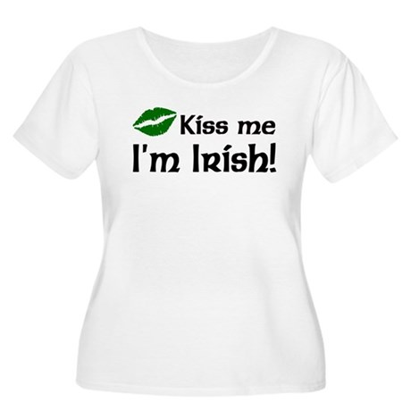 Kiss Me I'm Irish Women's Plus Size Scoop Neck T-S