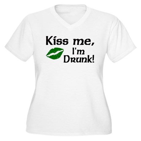 Kiss Me I'm Drunk Women's Plus Size V-Neck T-Shirt