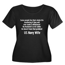 No Prob Navy Wife Women's Plus Size Scoop Neck Dar
