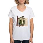 Mr. Gecko Women's V-Neck T-Shirt