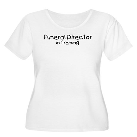 Funeral Director in Training Women's Plus Size Sco