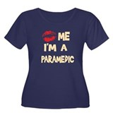 Kiss Me I'm A Paramedic Women's Plus Size Scoop Ne