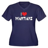 I Love Martians Women's Plus Size V-Neck Dark T-Sh