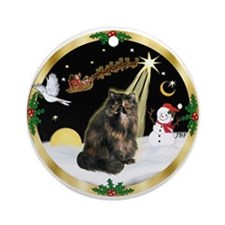 Gold Wreath & Tortie Persian cat Ornament (Round)