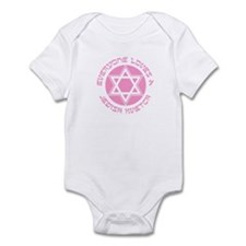 EVERYONE LOVES A JEWISH KVETC Infant Bodysuit
