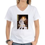 Queen / Std Poodle(w) Women's V-Neck T-Shirt