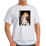 Queen / Std Poodle(w) Light T-Shirt