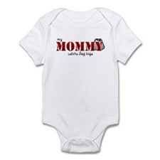 My mommy wears dogtags Infant Bodysuit