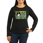 Irises/Japanese Chin Women's Long Sleeve Dark T-Sh