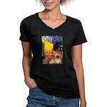 Cafe /Pekingese (r) Women's V-Neck Dark T-Shirt