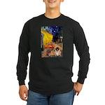Cafe /Pekingese (r) Long Sleeve Dark T-Shirt
