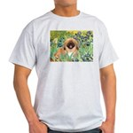 Irises / Pekingese(r&w) Light T-Shirt