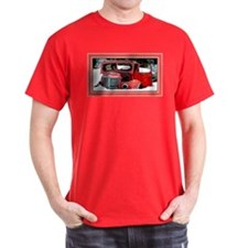 Keeshond - Old Car Christmas T-Shirt