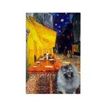 Cafe / Keeshond (F) Rectangle Magnet (10 pack)