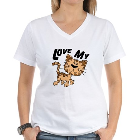 Love My Cat Women's V-Neck T-Shirt