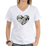 Daisy Heart Women's V-Neck T-Shirt