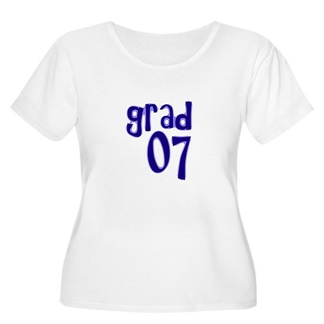 Grad 07 Women's Plus Size Scoop Neck T-Shirt