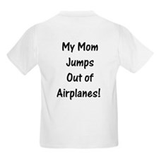 T-Shirt Mom Jumps Out of Planes