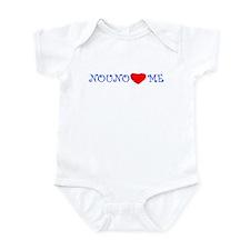 NOUNO LOVES ME Infant Bodysuit