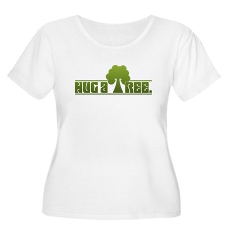 Hug a Tree Women's Plus Size Scoop Neck T-Shirt