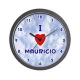 I Love Mauricio (Blue) Valentine Wall Clock