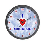 I Love Mauricio (Red/Bl) Valentine Wall Clock