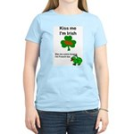 KISS ME IM IRISH, FROG WITH TONGUE Women's Pink T-