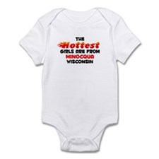 Hot Girls: Minocqua, WI Infant Bodysuit