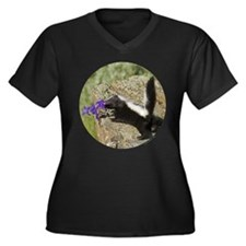 Skunk Women's Plus Size V-Neck Dark T-Shirt