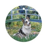 Bridge / Welsh Corgi (Bl.M) Ornament (Round)