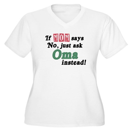 Just Ask Oma! Women's Plus Size V-Neck T-Shirt