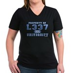 l337 un1v3r51ty Women's V-Neck Dark T-Shirt