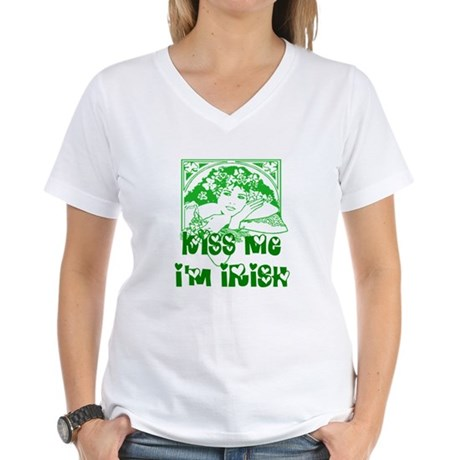Kiss Me Irish Girl Women's V-Neck T-Shirt