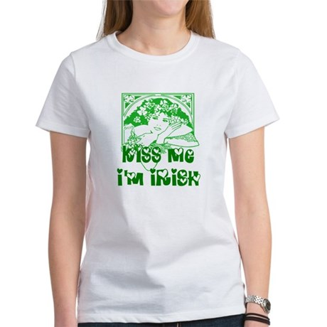Kiss Me Irish Girl Women's T-Shirt