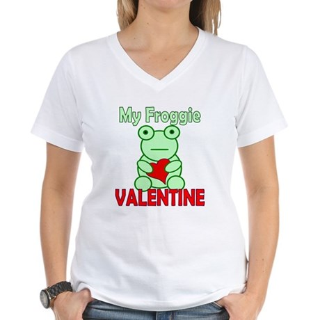 Frog Valentine Women's V-Neck T-Shirt