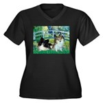 Bridge / 2 Pomeranians Women's Plus Size V-Neck Da