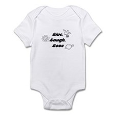Cute Loves Infant Bodysuit