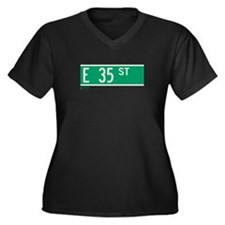 35th Street in NY Women's Plus Size V-Neck Dark T-