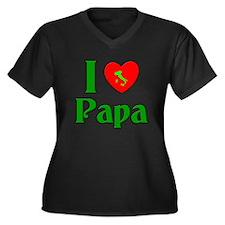 I (heart) Love Papa Women's Plus Size V-Neck Dark