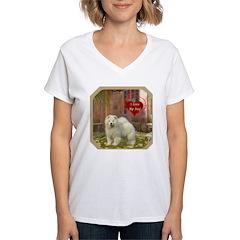 Chow Chow Women's V-Neck T-Shirt