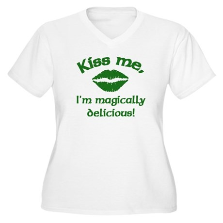 Kiss me Women's Plus Size V-Neck T-Shirt