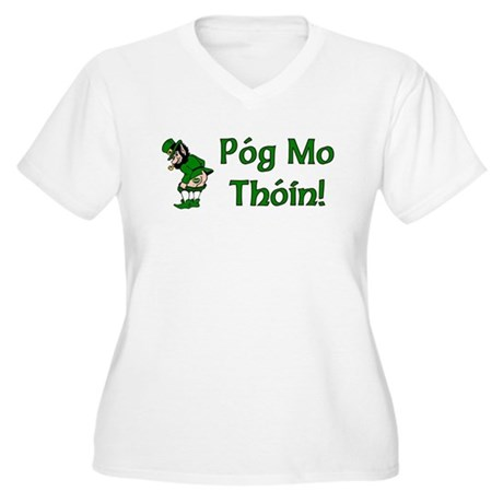 Pog Mo Thoin Women's Plus Size V-Neck T-Shirt