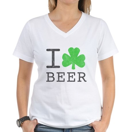 Vintage I Shamrock Beer Womens V-Neck T-Shirt