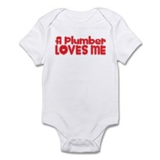 A Plumber Loves Me Infant Bodysuit
