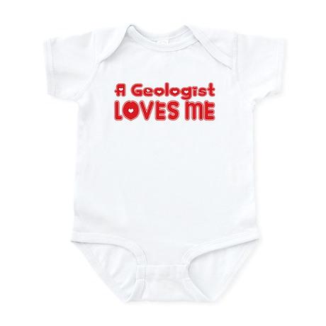 A Geologist Loves Me Infant Bodysuit