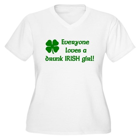 Everyone loves a drunk Irish girl Women's Plus Siz