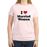 I love married women Women's Light T-Shirt