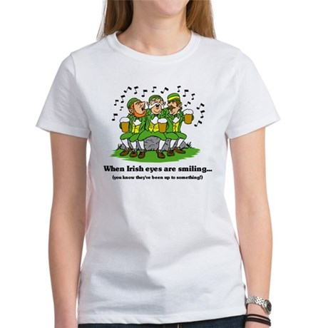 Irish eyes are smiling Women's T-Shirt